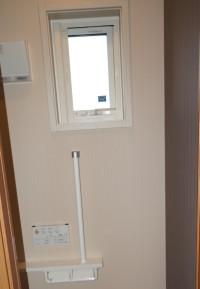 1Fトイレ窓